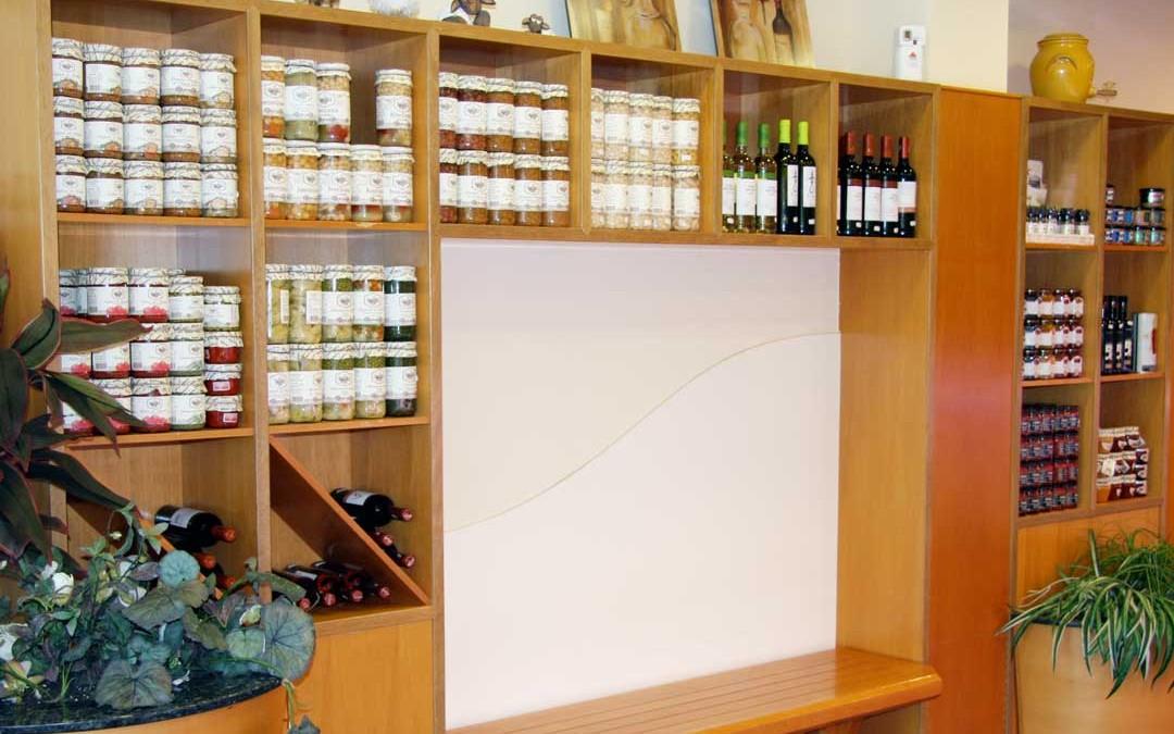 Estanteria-carniceria-salmeron-gourmet