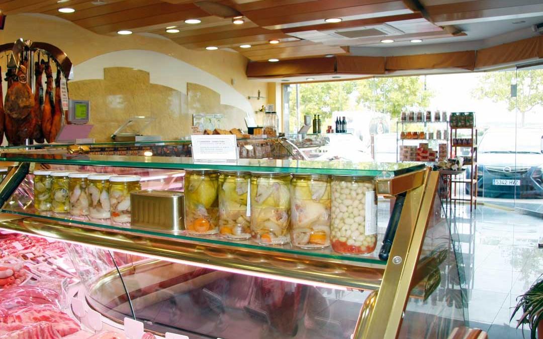Interior-carniceria-salmeron-gourmet